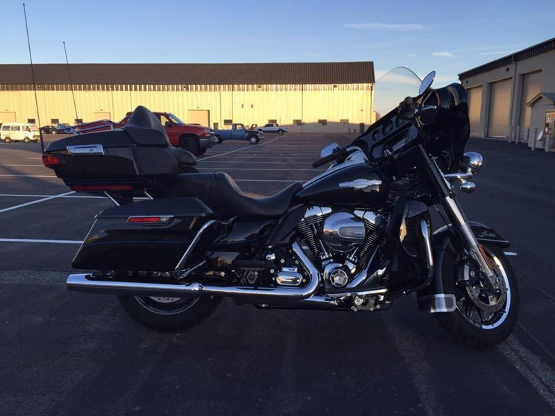 Photo of a 2015 Harley-Davidson® FLHTK Ultra Limited® Firefighter/Peace Officer