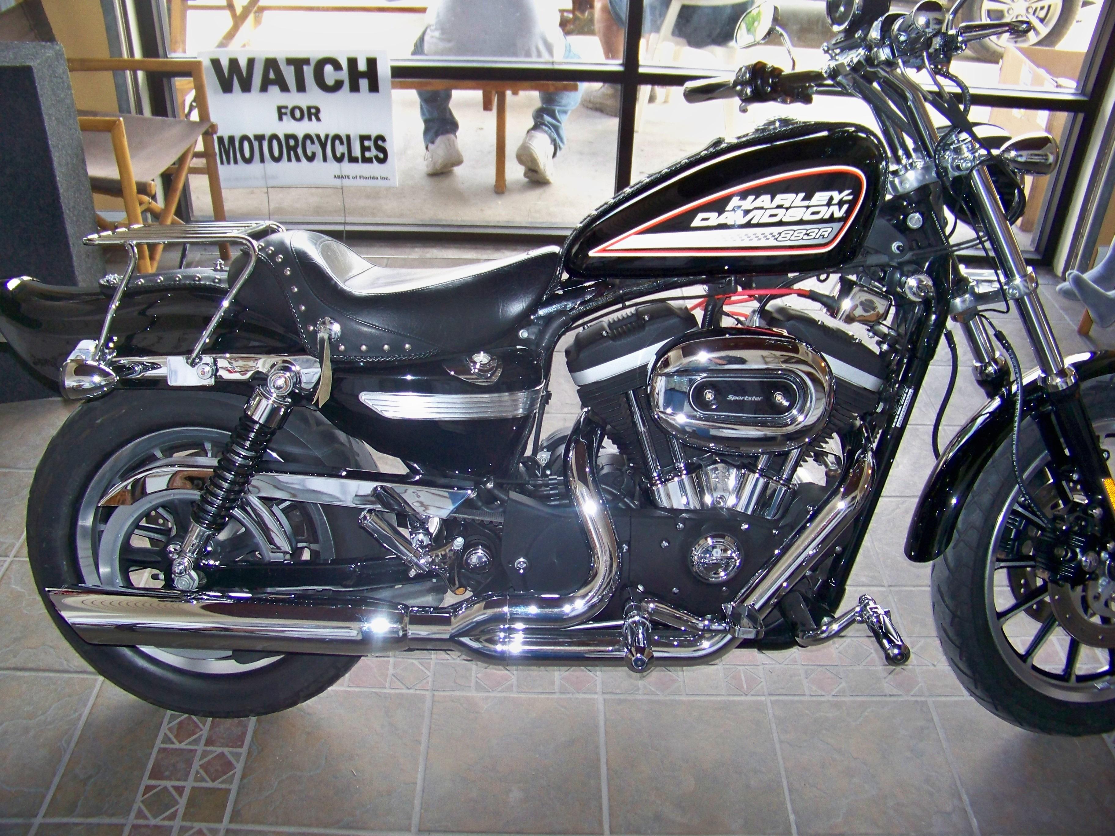 2005 Harley Davidson 174 Xl883r Sportster 174 883 Roadster