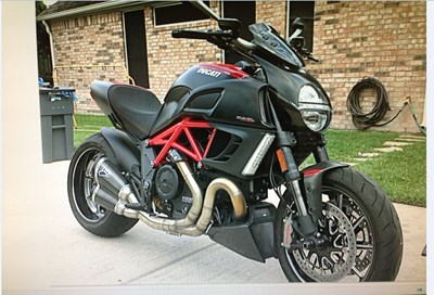 Used 2011 Ducati Diavel Carbon ABS