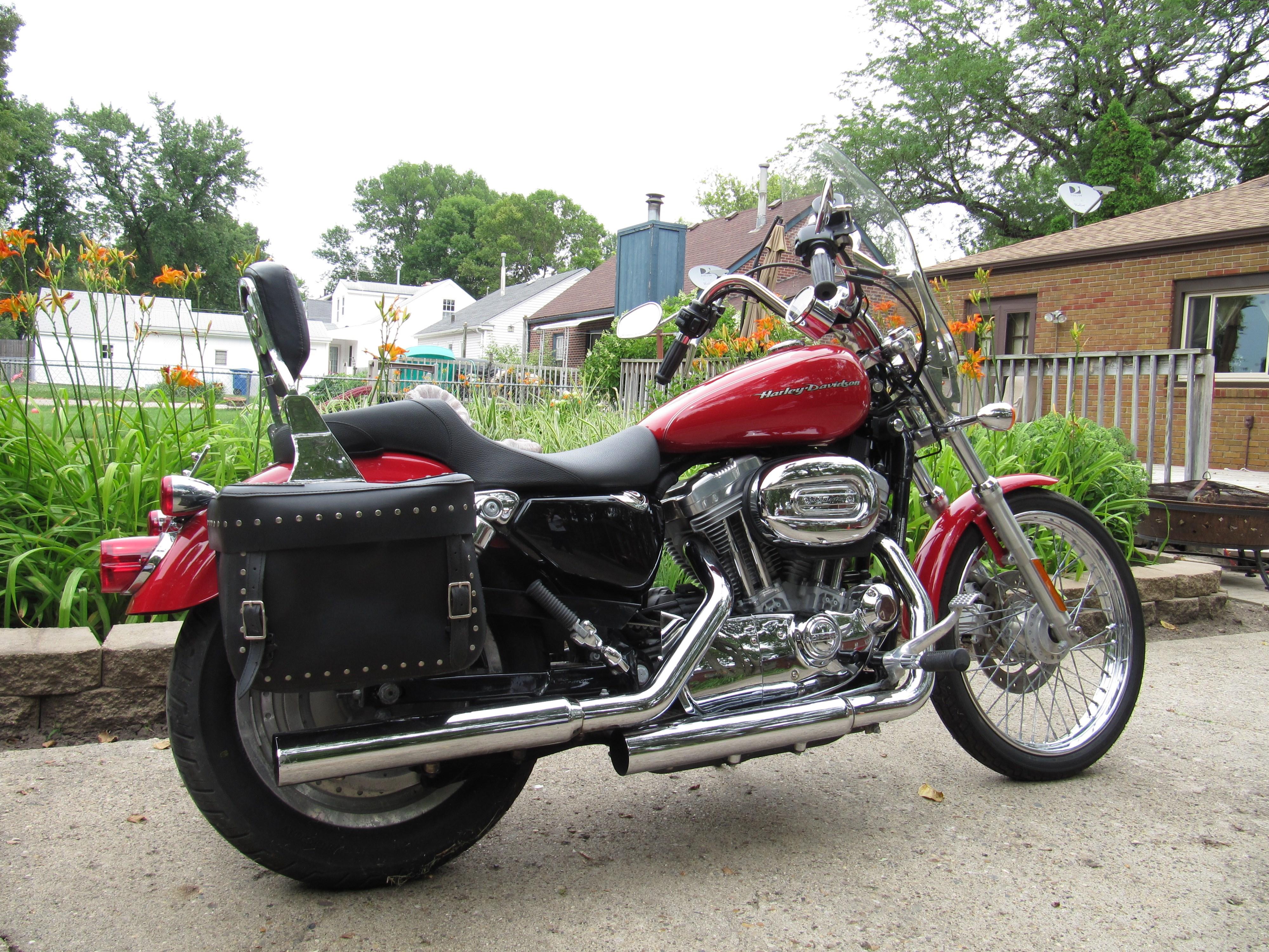 2004 Harley Davidson Xl883c Sportster 883 Custom Red Des Moines Iowa 549493 Chopperexchange