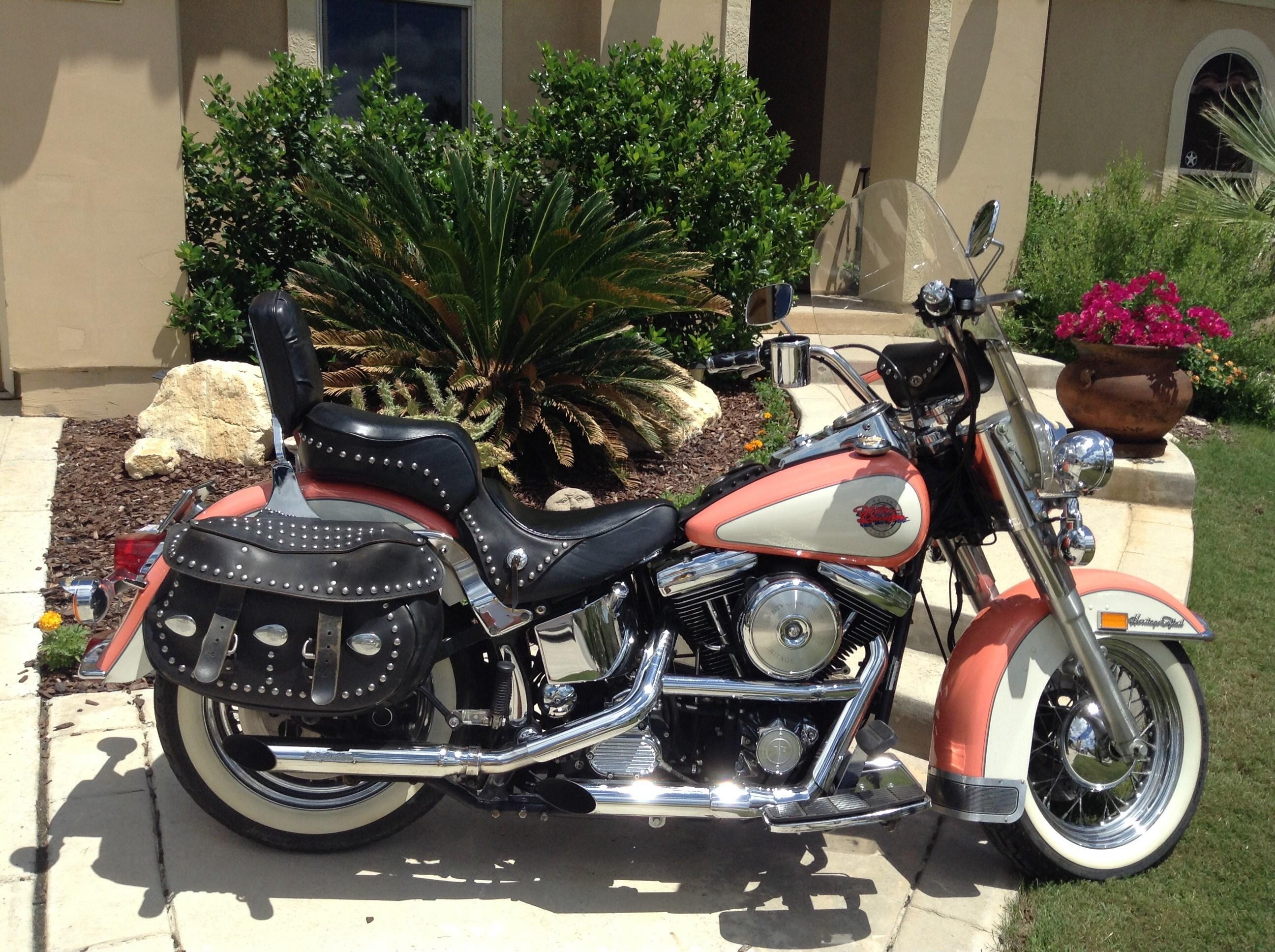 1992 Harley DavidsonR FLSTC Heritage SoftailR Classic