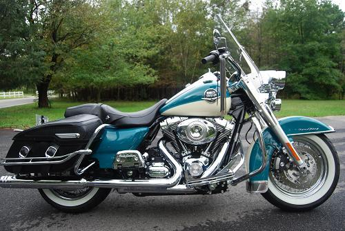 2009 Harley Davidson 174 Flhrc Road King 174 Classic Turquoise