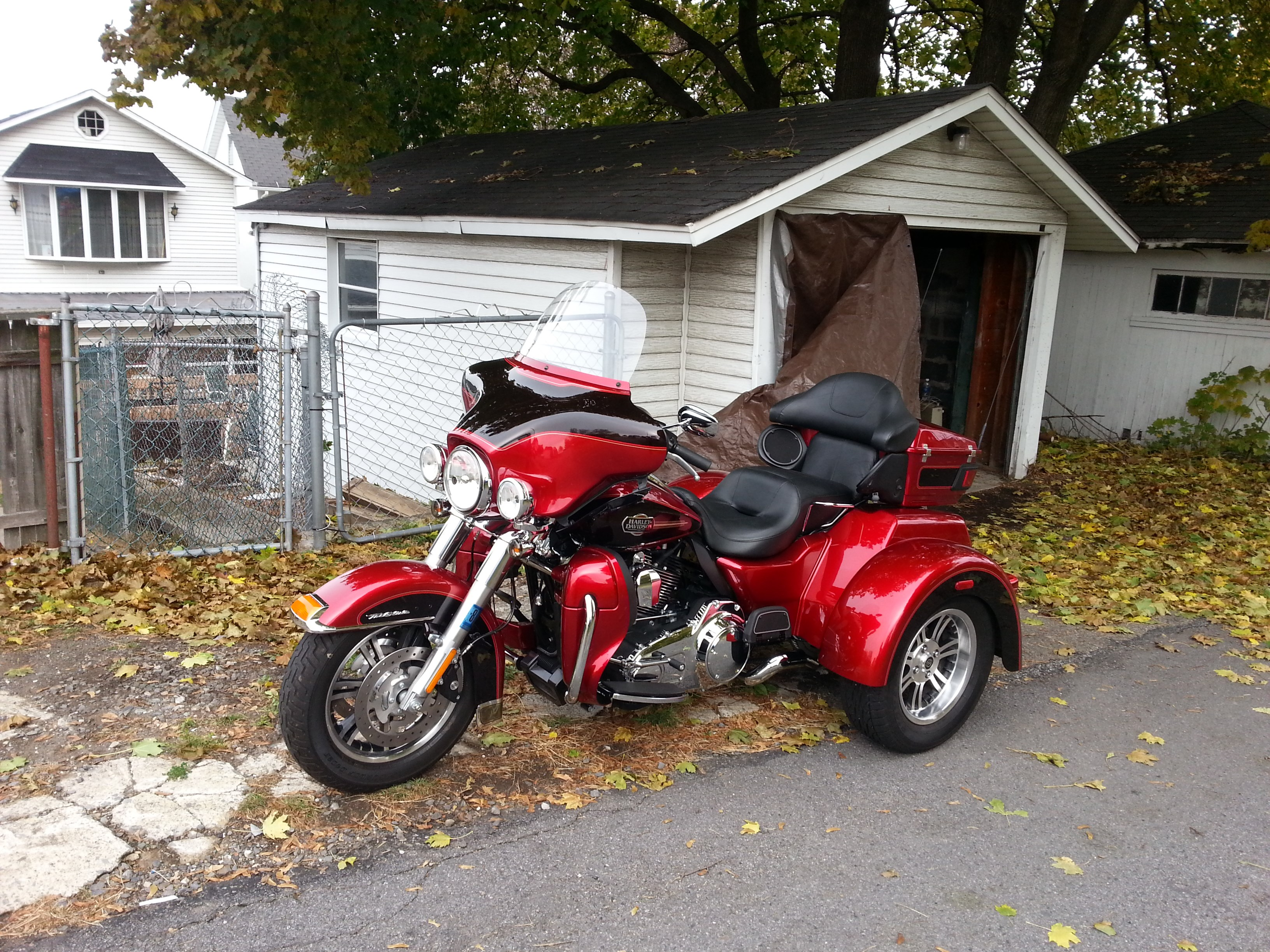 2012 Harley Davidson Flhtcutg Tri Glide Ultra Classic Red Dunmore Pennsylvania 471615 Chopperexchange