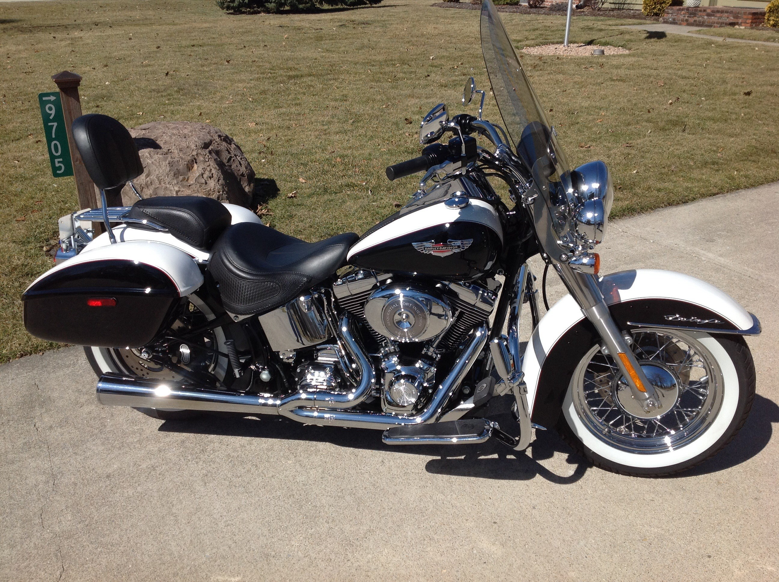 Harley Davidson Softail Deluxe Service Manual