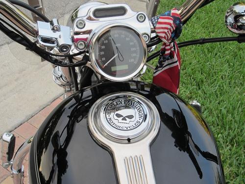 Used Harley Davidson Motorcycles For Sale San Marcos Tx >> 2004 Harley-Davidson® XL1200C Sportster® 1200 Custom (Black), Boynton Beach, Florida (301380 ...