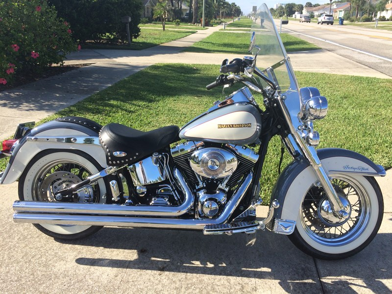 Photo of a 2002 Harley-Davidson® FLSTC/I Heritage Softail® Classic