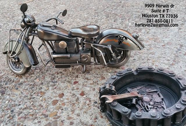 Harley Davidson Houston Locations: 2004 Harley-Davidson® FLSTC/I Heritage Softail® Classic