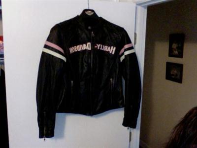 Photo of a Women's Medium 2011 PINK Fall Miss Enthusiast 3-in-1 Leather Jacket