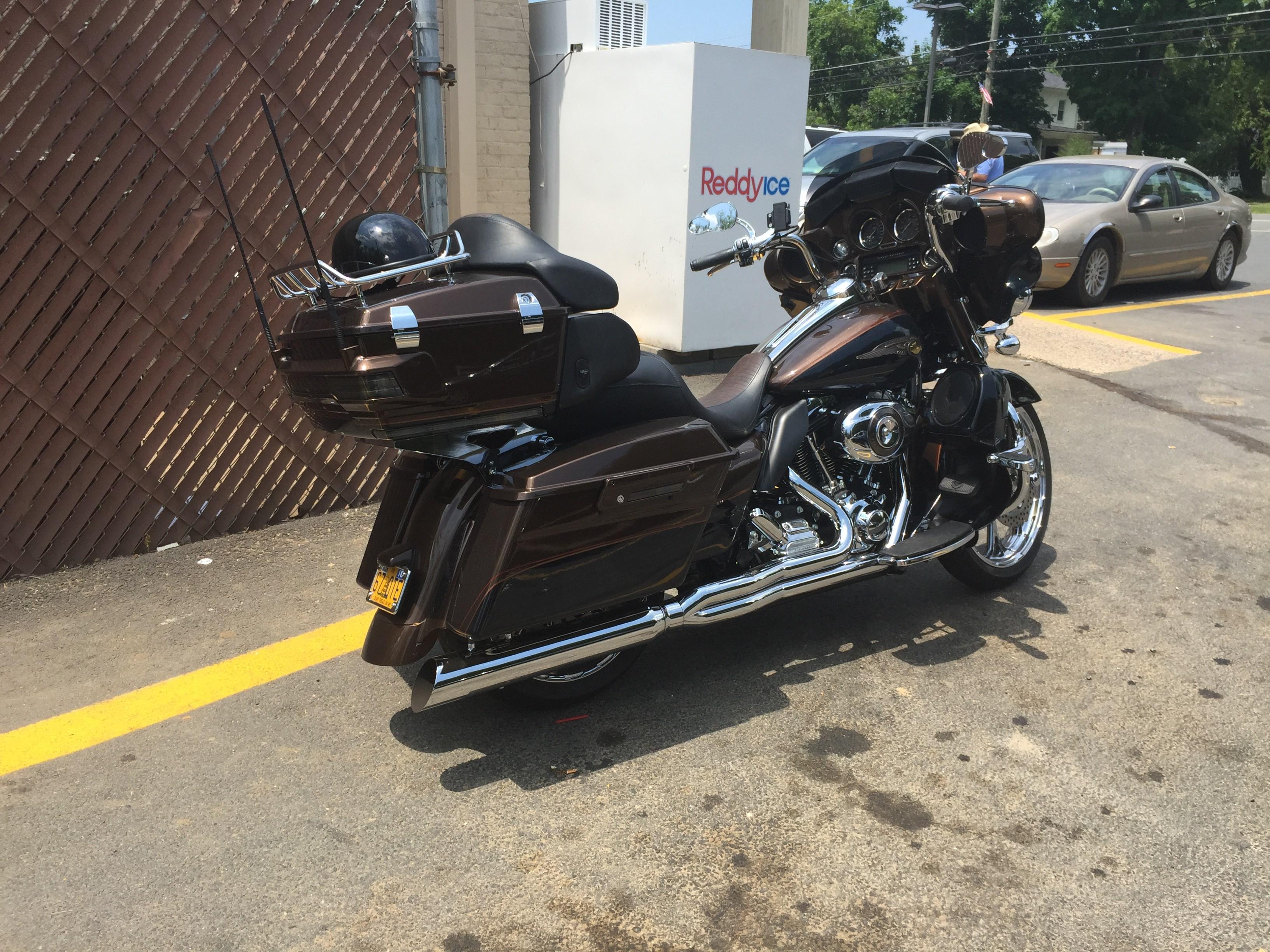 2013 Harley-Davidson® FLHTK-ANV Electra Glide® Ultra ...