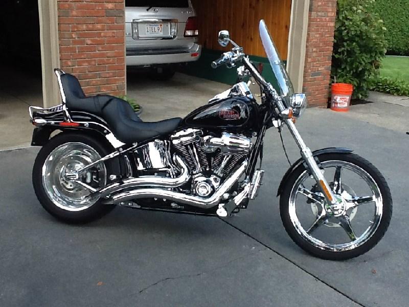 2009 Harley-Davidson® FXSTC Softail® Custom (Black and Crome ...