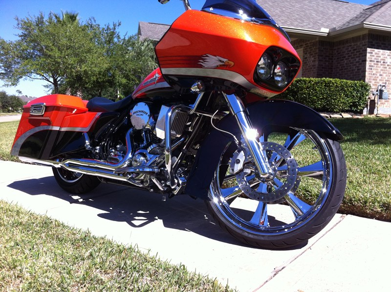 Photo of a 2009 Harley-Davidson® FLTRSE3 CVO™ Road Glide®