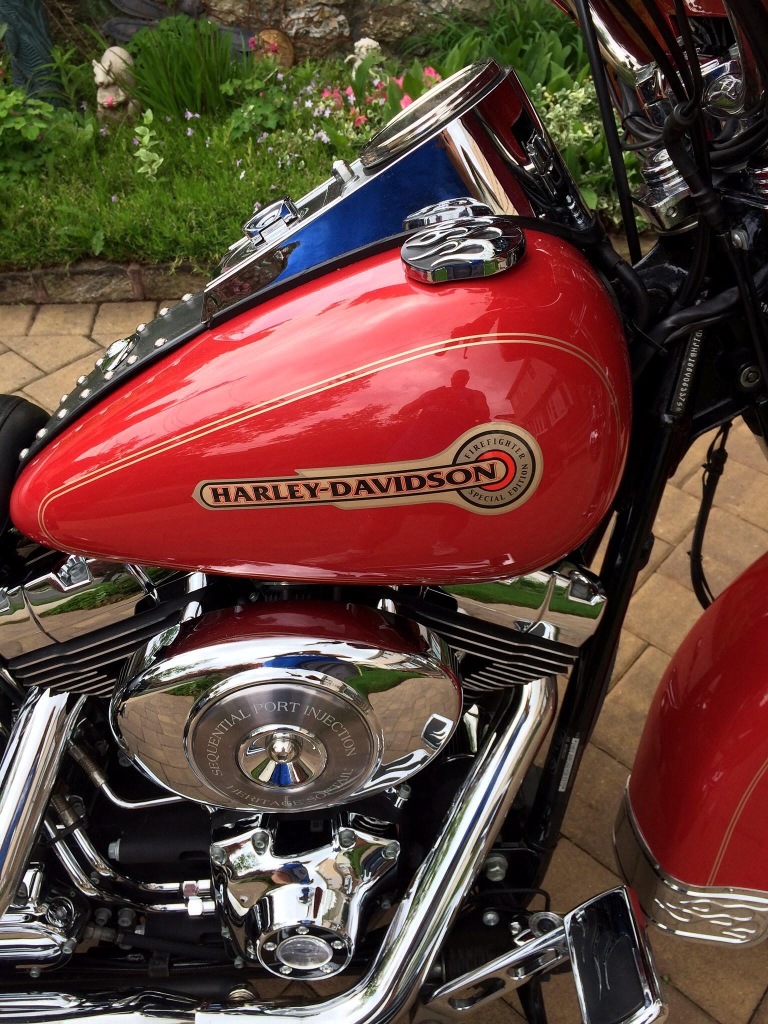 2006 Harley-Davidson® FLSTC/I Heritage Softail® Classic ...