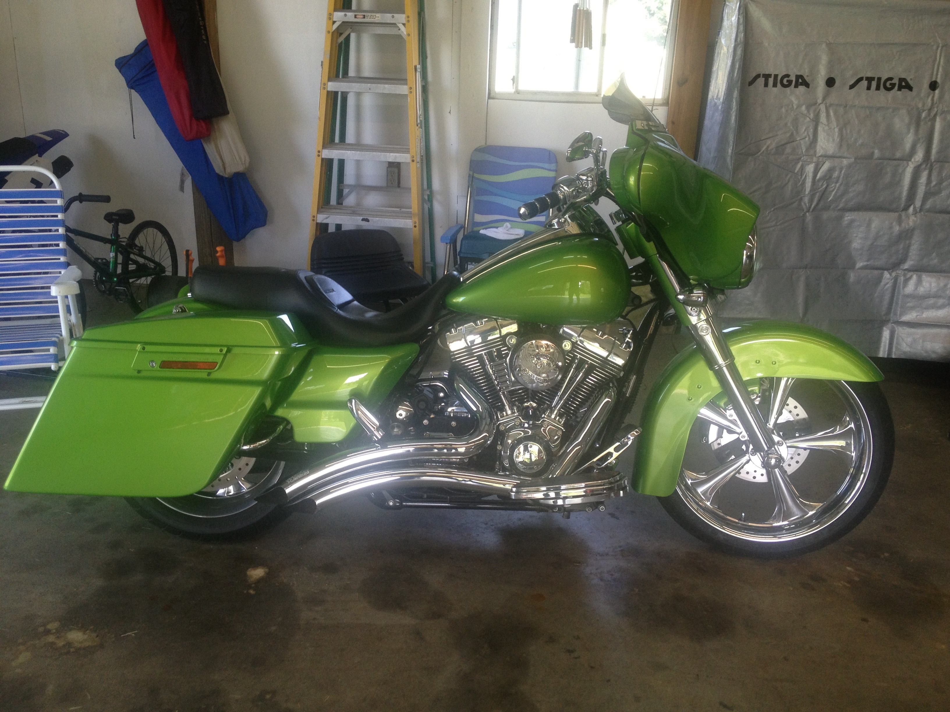 2010 Harley-Davidson® FLHX Street Glide® (Custom Color ...