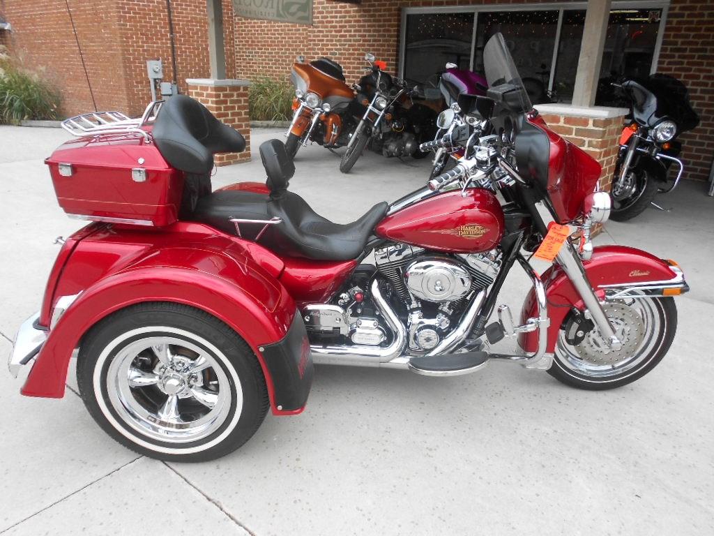 2012 Harley-Davidson® FLHTC Electra Glide® Classic – $25900