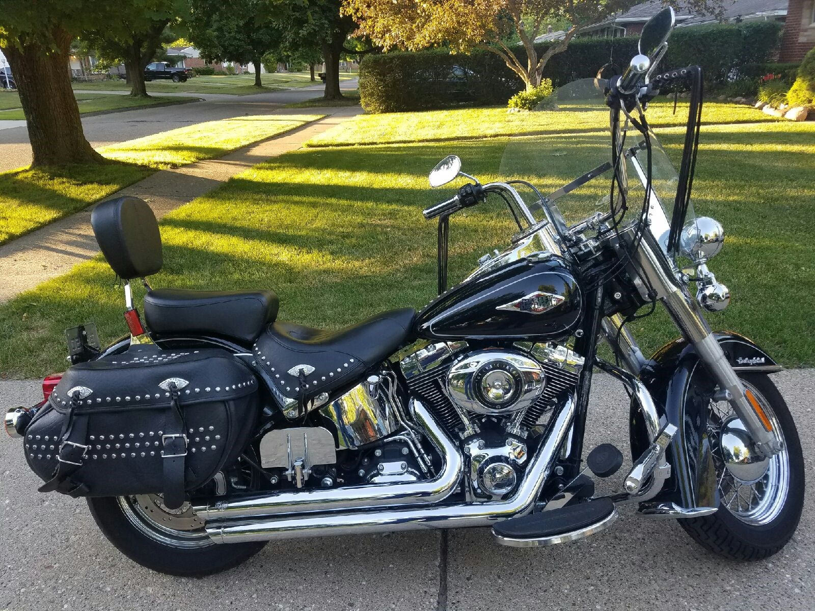 Ford Dealer In Evansville Wi >> 2013 Harley-Davidson® FLSTC Heritage Softail® Classic (Black/chrome), Waterford , Michigan ...