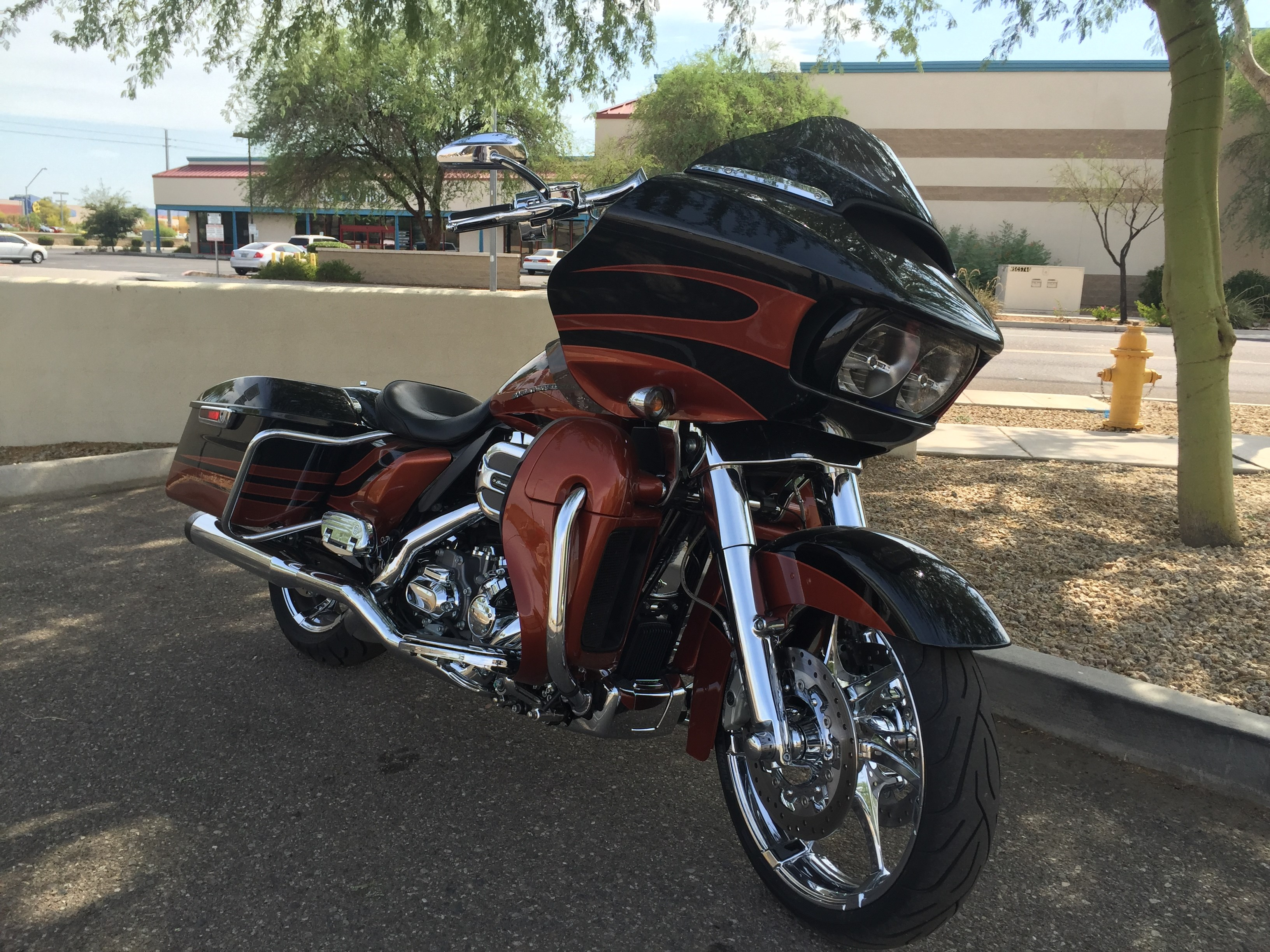 2017 Cvo For Sale Ga >> 2015 Harley-Davidson® FLTRUSE CVO™ Road Glide® Ultra (Carbon Dust/Autumn Sunset), Glendale ...