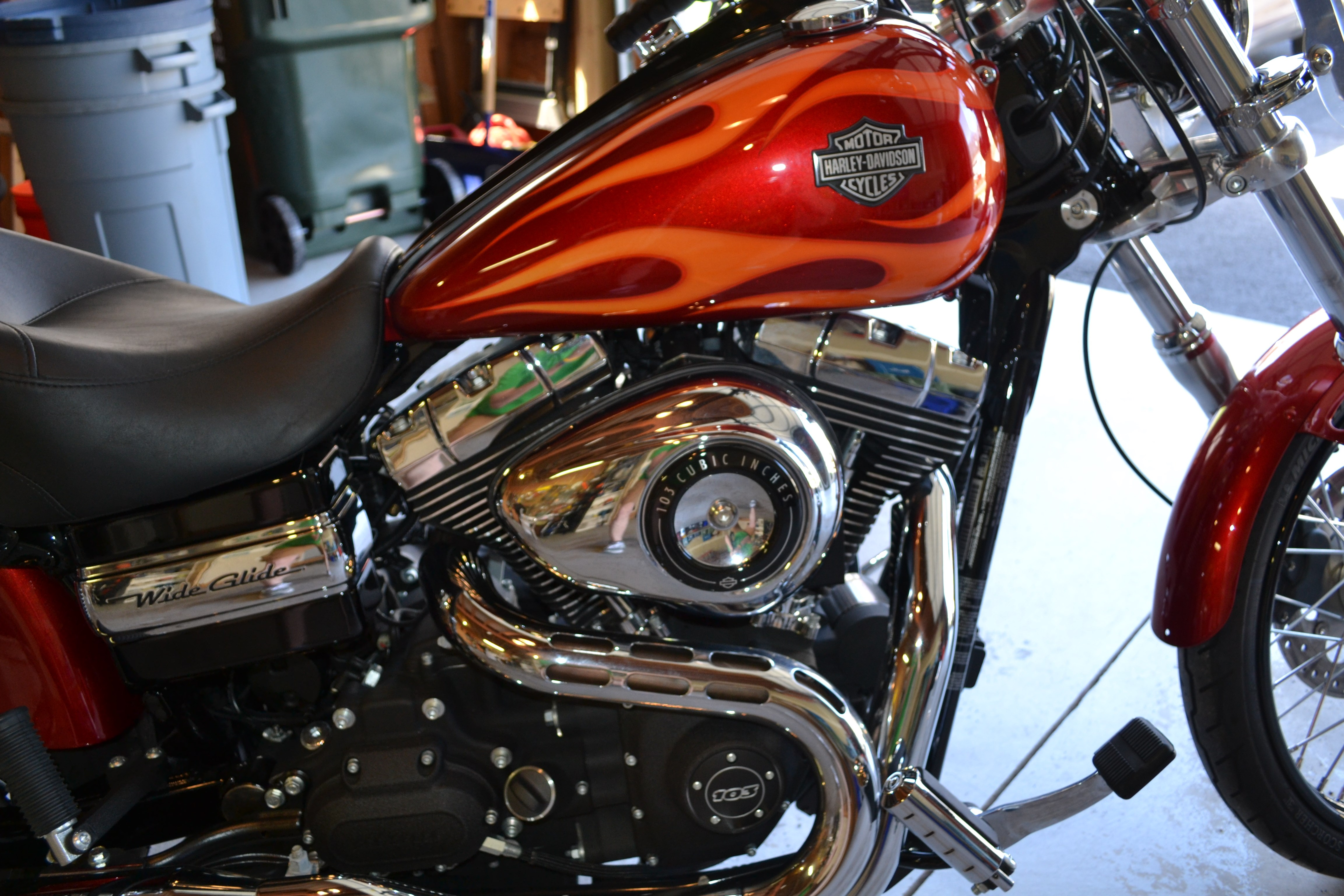 2012 Harley-Davidson® FXDWG Dyna® Wide Glide® (red with ...
