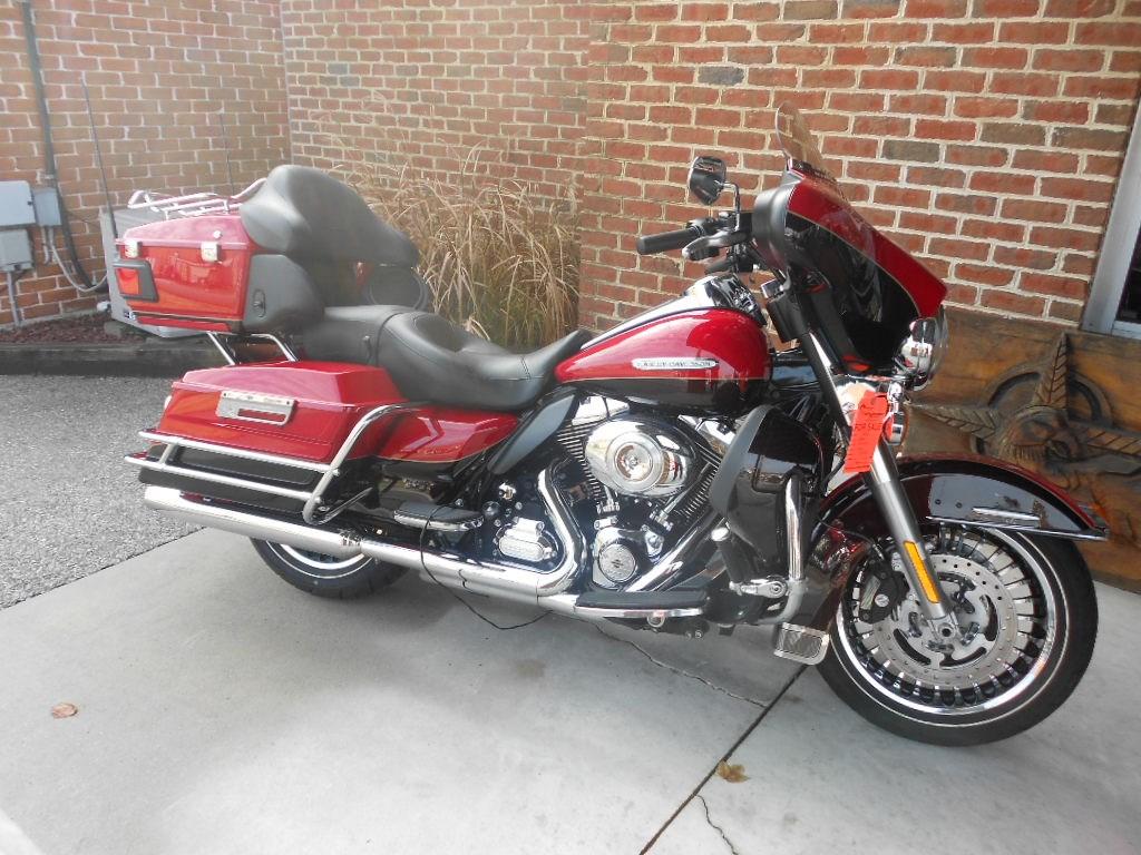 2011 Harley-Davidson® FLHTK Electra Glide® Ultra Limited® – $14500