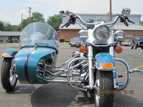 Photo of a 1998 Harley-Davidson® TLE Sidecar