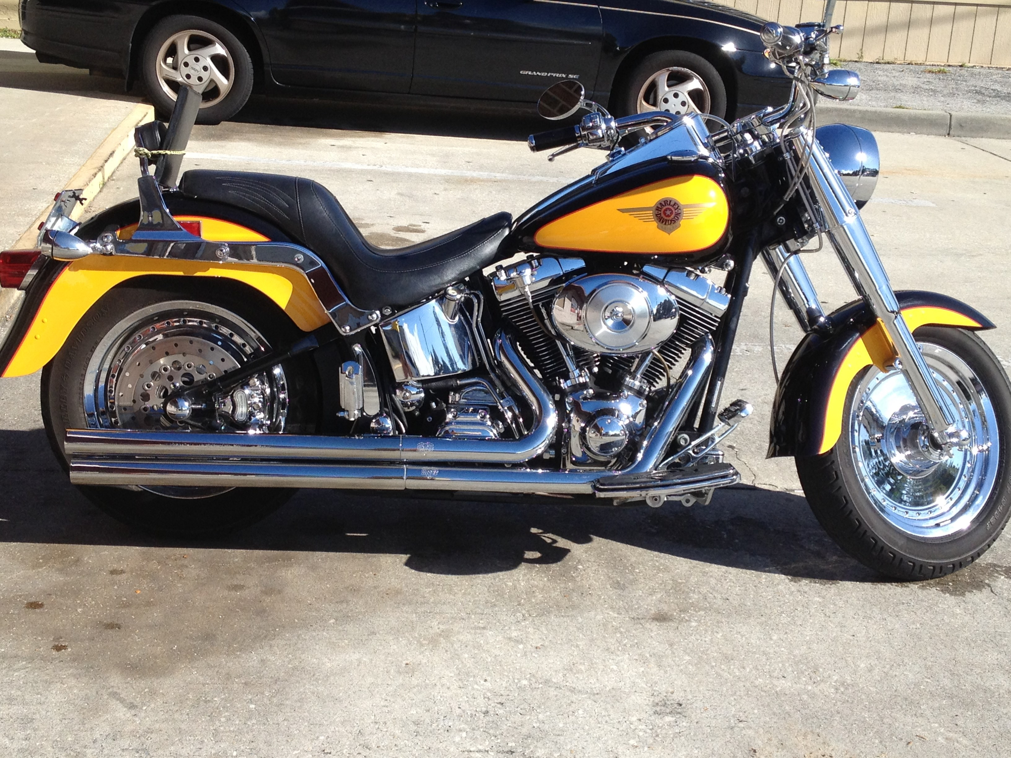 2000 harley davidson flstf softail fat boy yellow and black titusville florida 670594. Black Bedroom Furniture Sets. Home Design Ideas