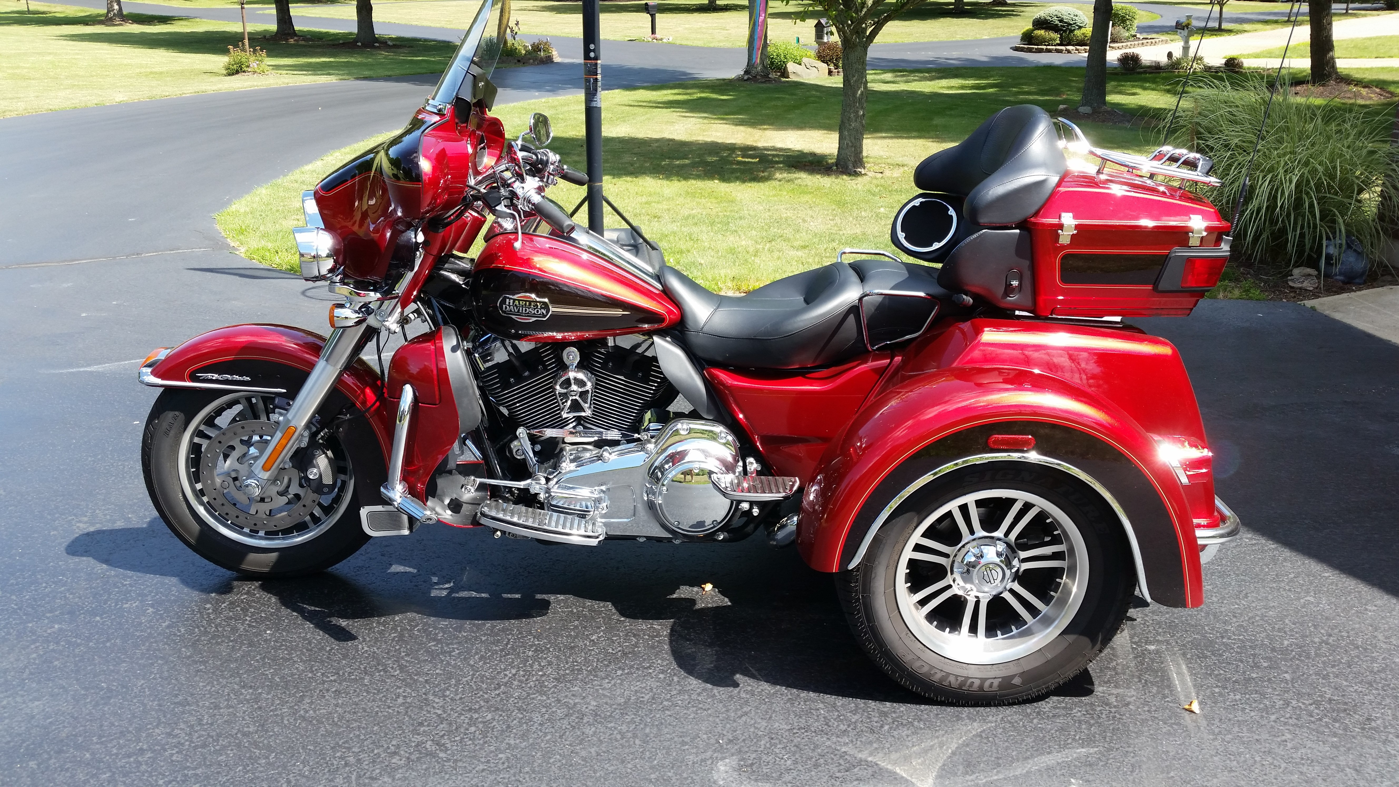 all new used harley davidson trikes 852 bikes page 1. Black Bedroom Furniture Sets. Home Design Ideas