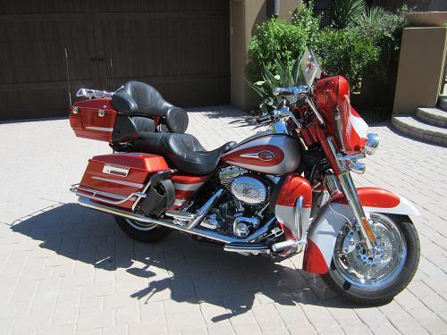 Photo of a 2008 Harley-Davidson® FLHTCUSE3 Screamin' Eagle Ultra Classic®