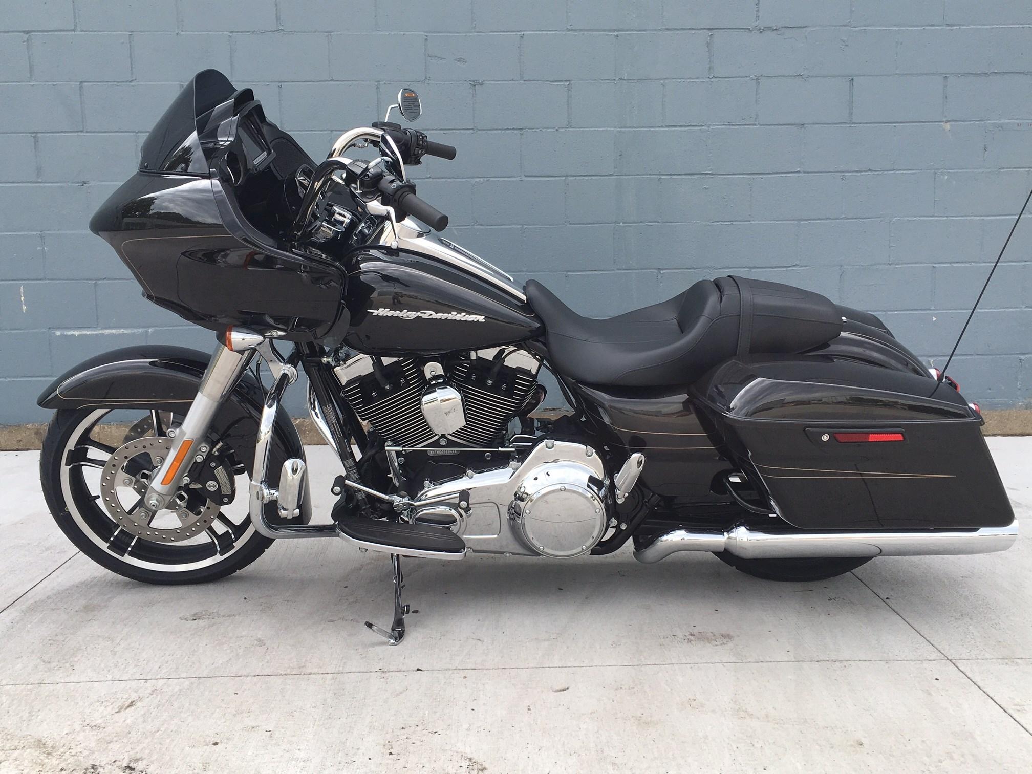 2016 Harley-Davidson® FLTRXS Road Glide® Special (Black ...