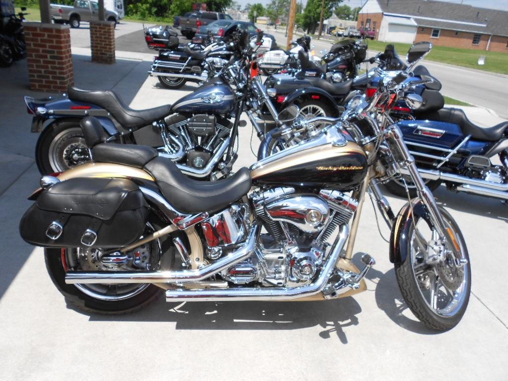 2003 Harley-Davidson® FXSTDSE Screamin' Eagle® Softail® Deuce – $9900