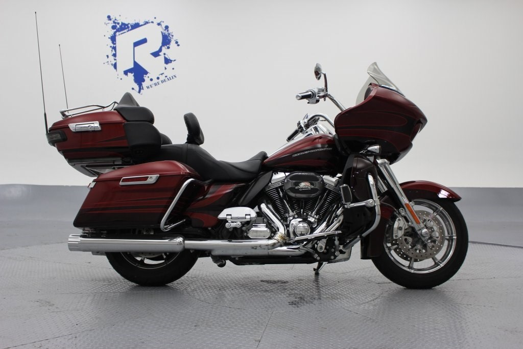 2015 Harley-Davidson® FLTRUSE CVO™ Road Glide® Ultra ...