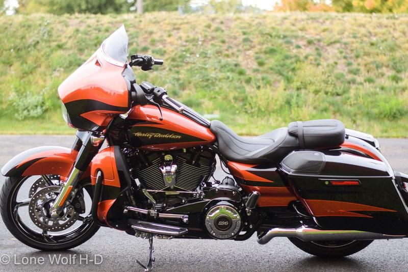 2017 Harley Dealer Washington >> 2017 Harley-Davidson® FLHXSE CVO™ Street Glide® (SUNBURST ORANGE/STARFIRE BLACK), Spokane Valley ...