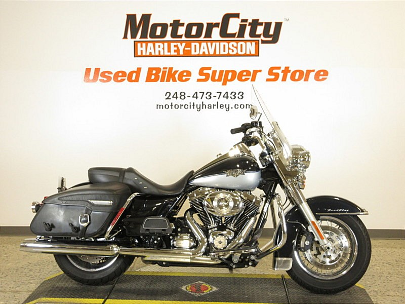 2012 Harley Davidson Flhrc Road King Classic Midnight