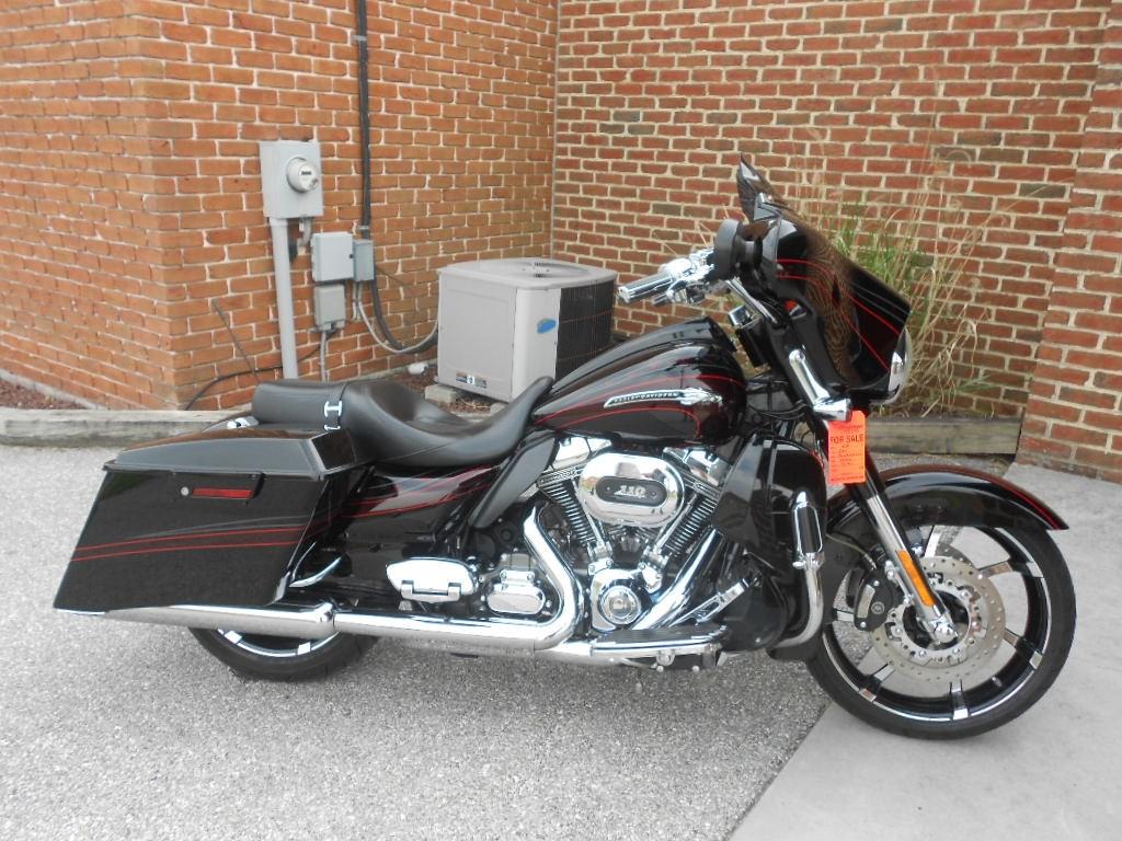 2011 Harley-Davidson® FLHXSE2 CVO™ Street Glide® – $20900