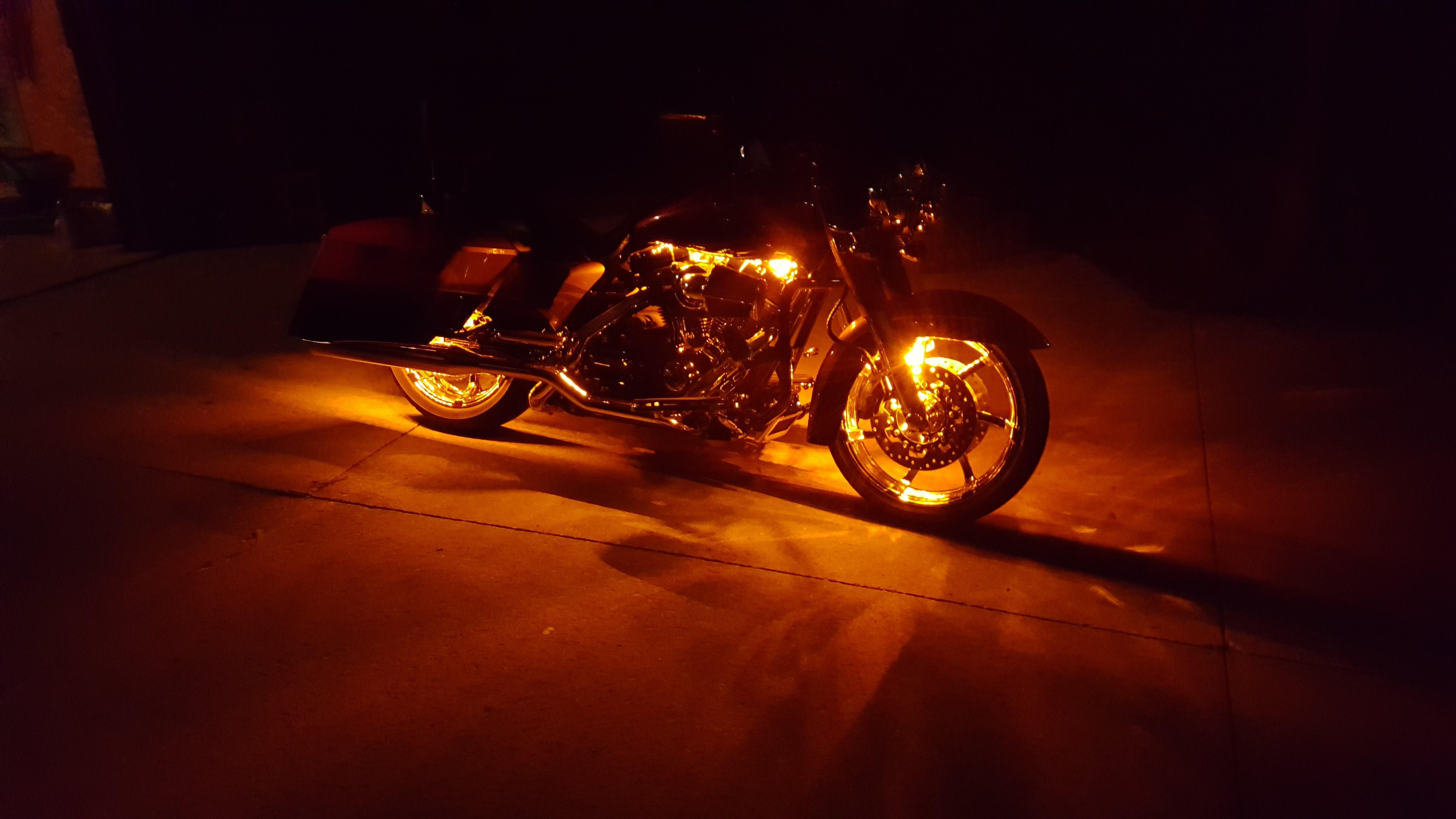 2017 Cvo For Sale Ga >> 2014 Harley-Davidson® FLHRSE5 CVO™ Road King® (Tribal Orange/Galactic Black ), Grand Chute ...