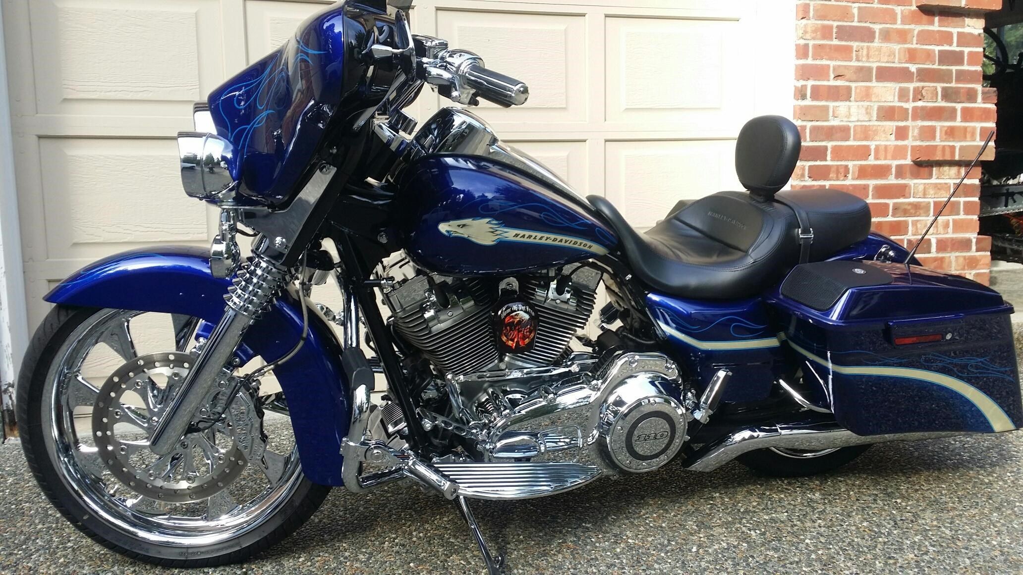 Cvo For Sale Washington >> 2010 Harley-Davidson® FLHXSE CVO™ Street Glide® (Candy Concord Blue), Bothell, Washington ...