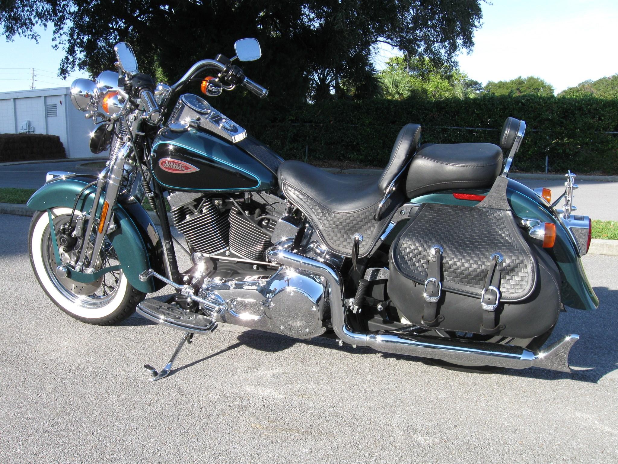 2001 Harley Davidson® FLSTS/I Heritage Springer® Suede ...