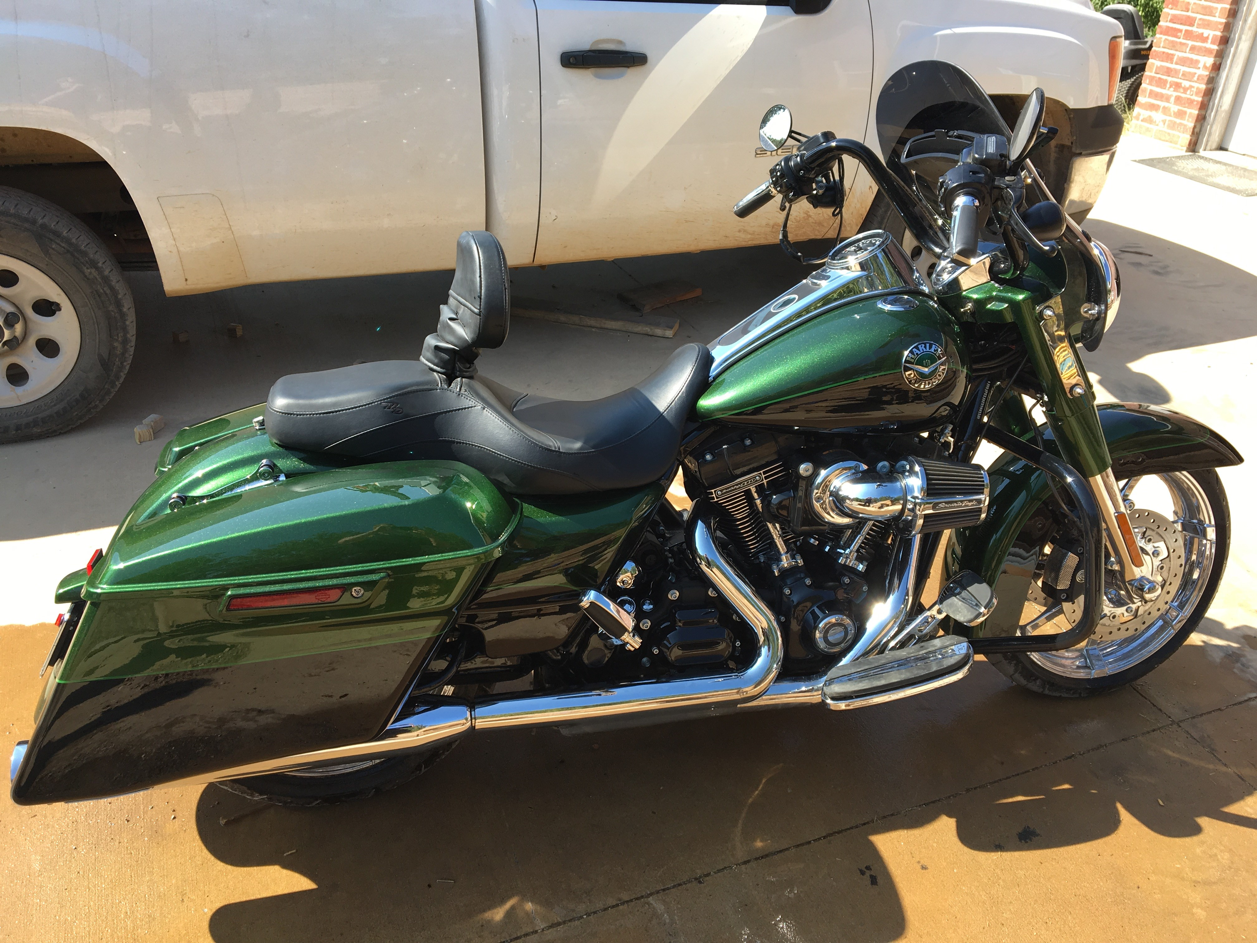 all new used harley davidson cvo road king for sale 54 bikes page 1 chopperexchange. Black Bedroom Furniture Sets. Home Design Ideas
