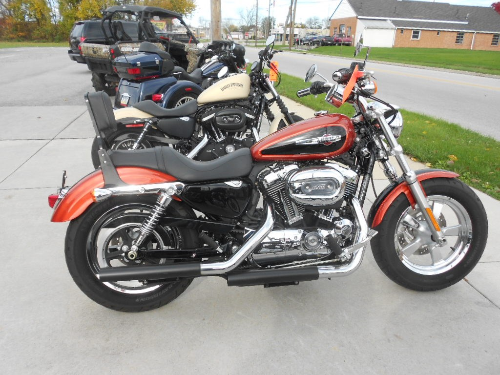 2011 Harley-Davidson® XL1200C Sportster® 1200 Custom – $6900