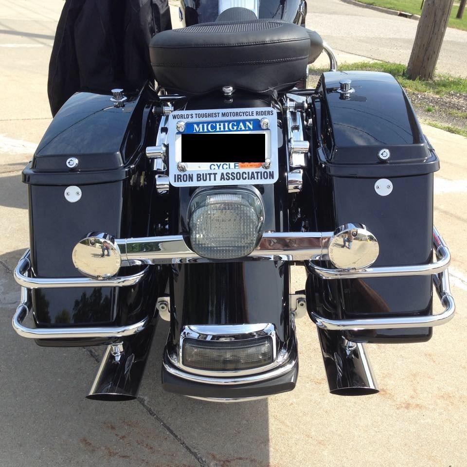 Mk7 Passenger Air Bag Light Badgeskin Overlay: 2010 Harley-Davidson® FLHP Road King® Police (Black