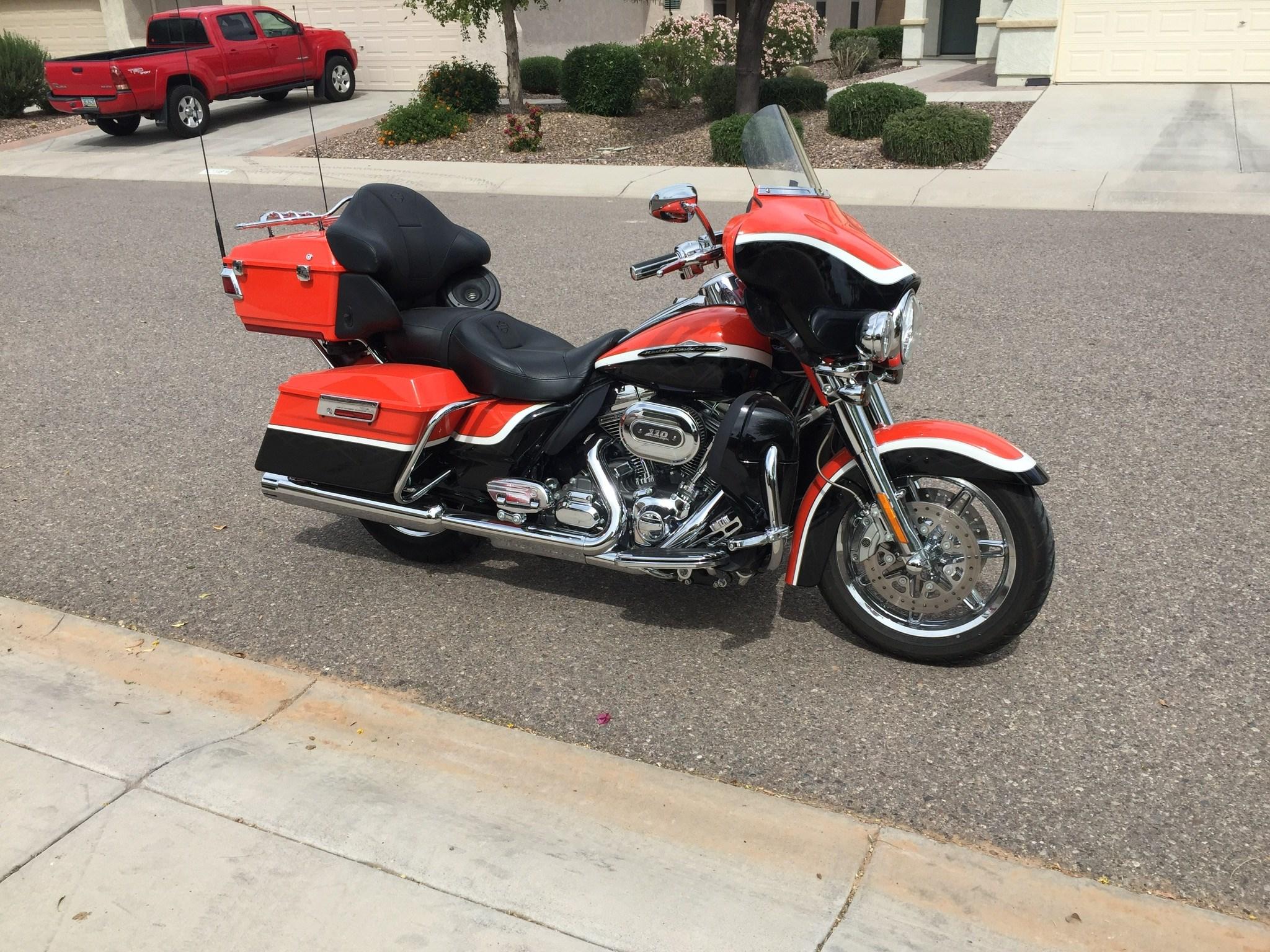Harley Cvo Dealer Dallas Tx >> 2012 Harley-Davidson® FLHTCUSE7 CVO™ Ultra Classic® Electra Glide® (Orange), Florence, Arizona ...