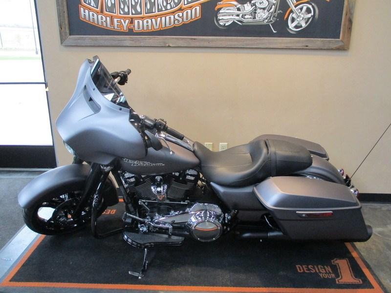2017 Harley-Davidson® FLHXS Street Glide® Special (Charcoal Denim), Green Bay, Wisconsin (720550 ...