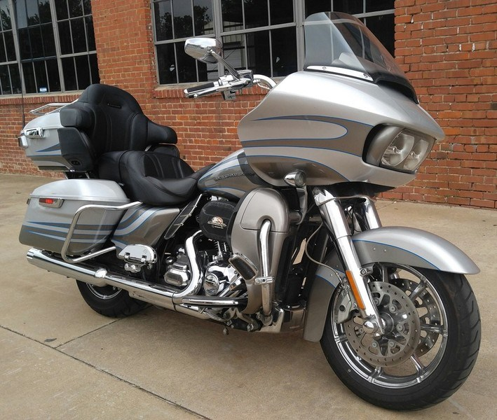 2017 Road Glide Ultra For Sale Oklahoma >> 2016 Harley-Davidson® FLTRUSE CVO™ Road Glide® Ultra (Charcoal Slate/Carbon Dust), Oklahoma City ...