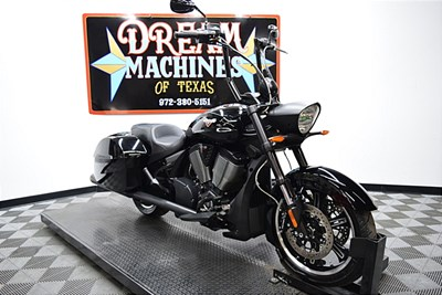 Used 2014 Victory Cross Roads® 8-Ball®
