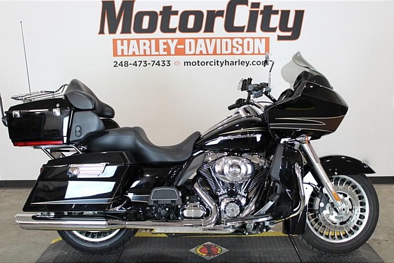 2011 Harley Davidson Fltru Road Glide Ultra Vivid Black