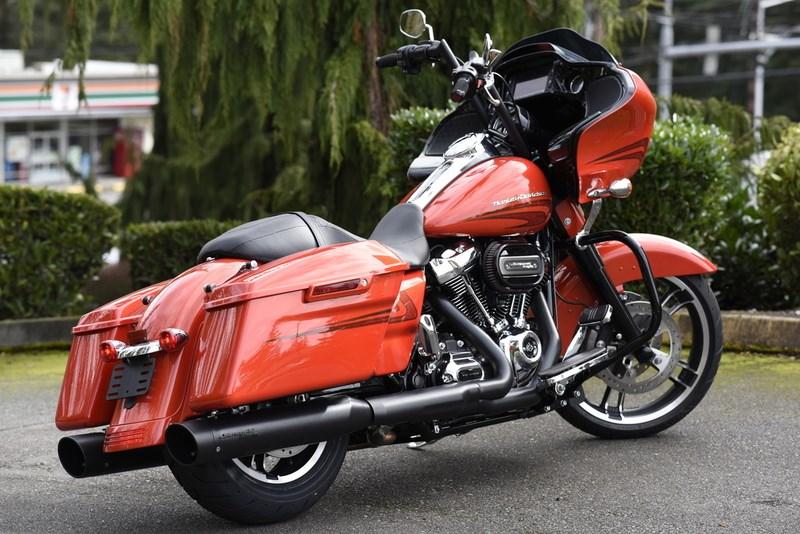 2017 Harley-Davidson® FLTRXS Road Glide® Special (Laguna Orange), Lynnwood, Washington (681576 ...