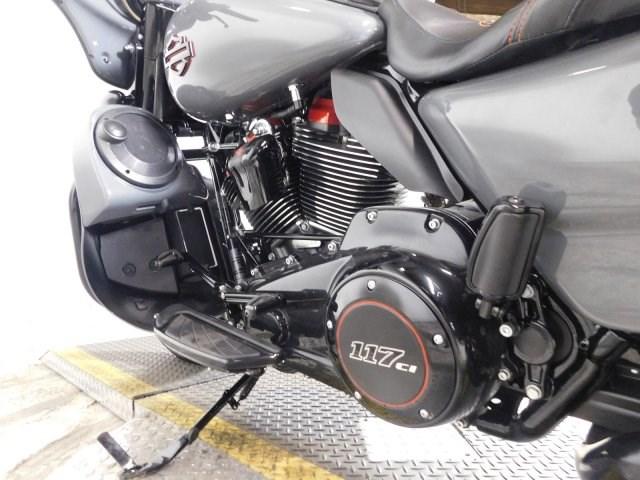 2018 Harley-Davidson® FLHXSE CVO™ Street Glide ...