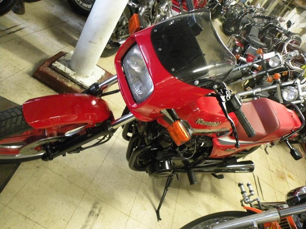 1982 Kawasaki KZ550-H1 GPz (Red), Butler, Pennsylvania