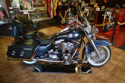 Used 2003 Harley-Davidson® Road King® Classic Anniversary