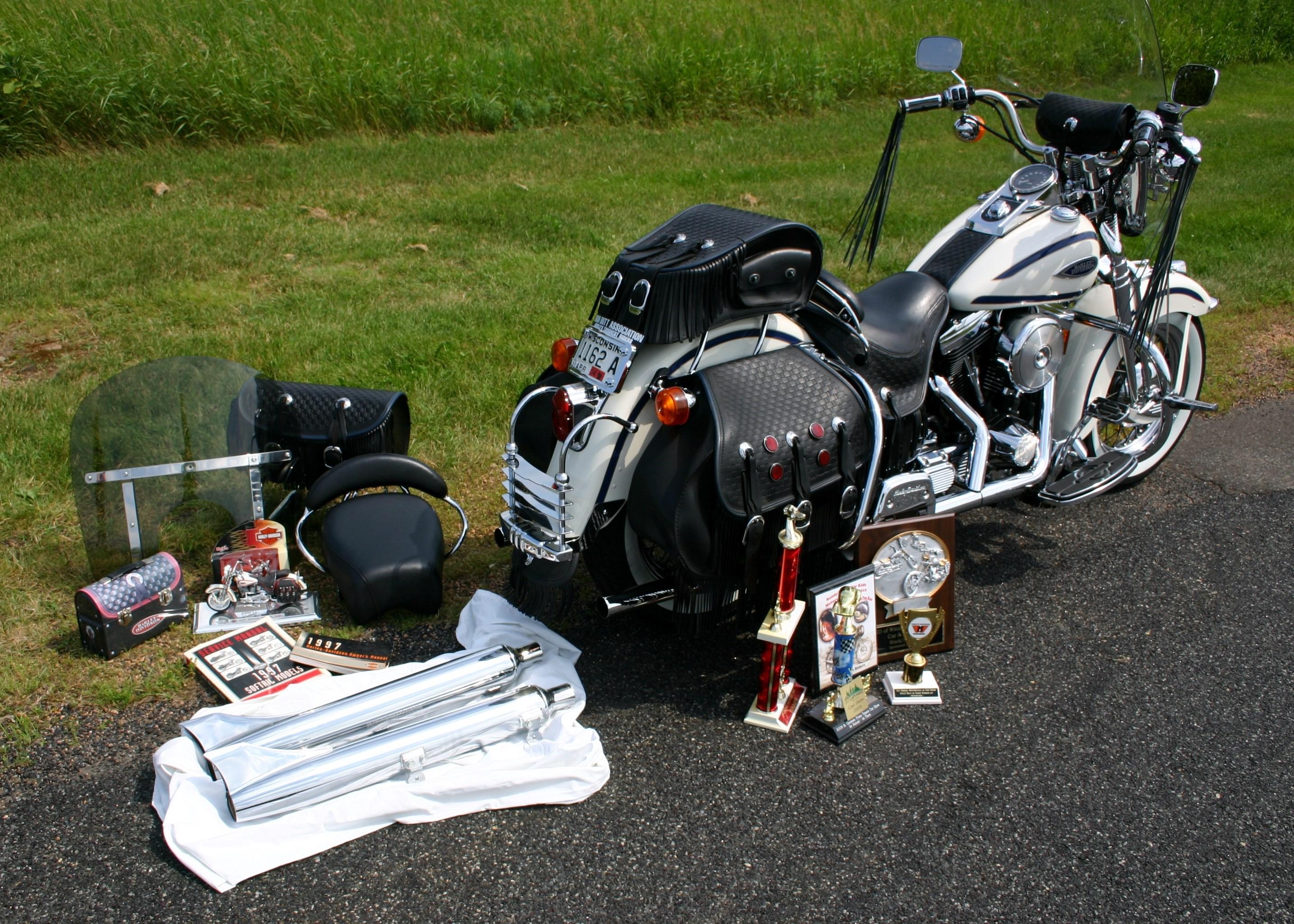 Harley Davidson Heritage Springer Passenger Seat