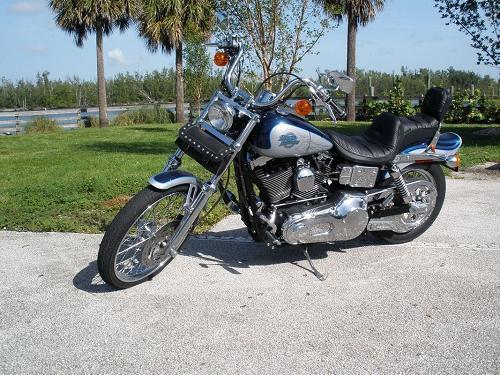 Photo of a 2000 Harley-Davidson® FXDWG Dyna® Wide Glide