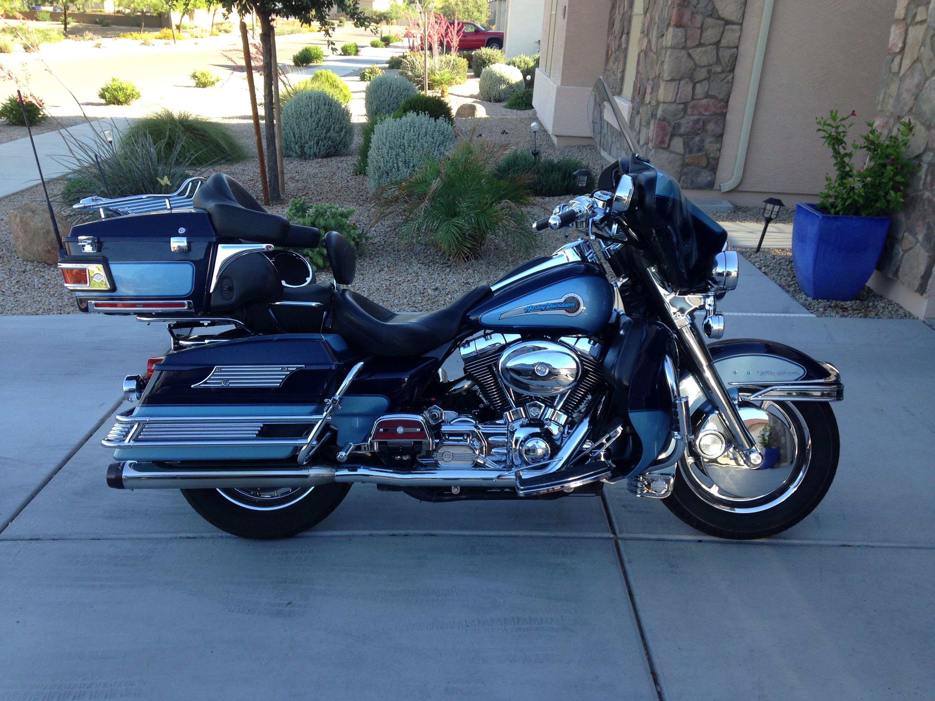2004 Harley-Davidson® FLHTCU/I Ultra Clic® Electra Glide® Firefighter/Peace on harley fatboy diagram, harley knucklehead diagram, harley sportster diagram,
